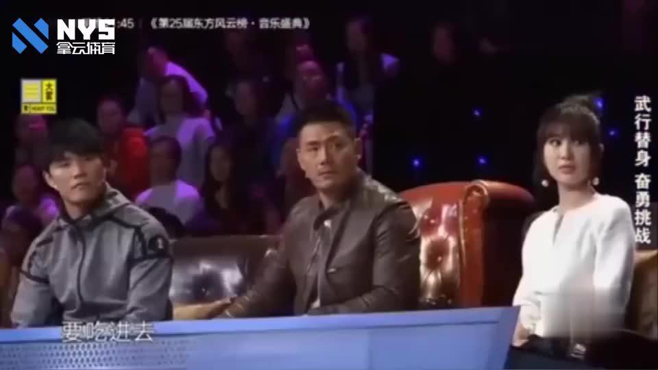 李连杰替身站上擂台,和拳王打得难解难分,这才是有真功夫的人