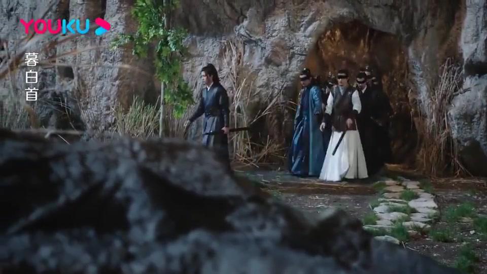 林敬带各掌门来花海,谁料竟被奸人陷害,原来这就是城主的计谋!