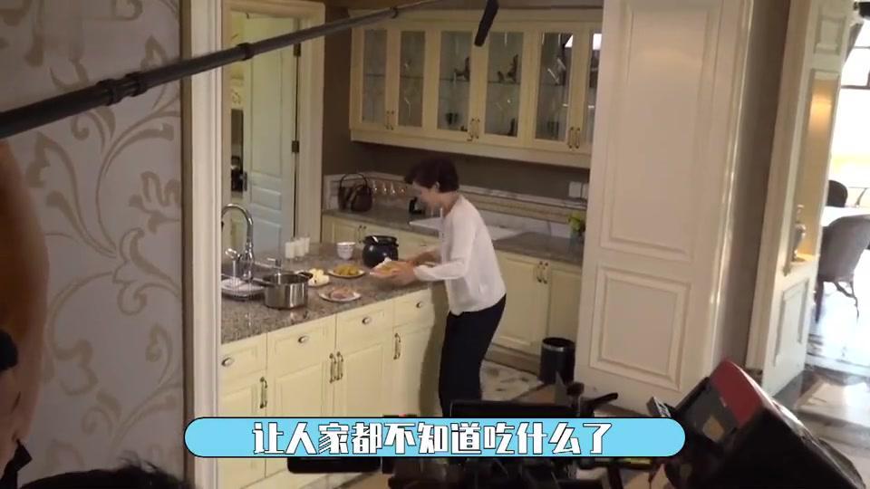 追梦花絮:王雷、刘涛的花式投喂,让拍摄现场欢笑不断