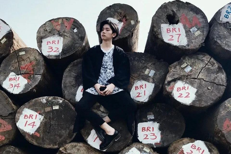 杨宇腾第二波单曲《水蓝色情人》,听哭了!