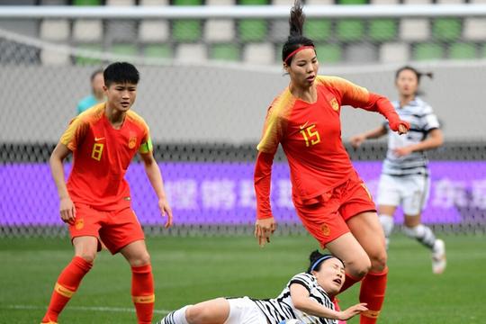 中国女足28分钟反弹,王霜连场造2球,难掩2大耻辱纪录