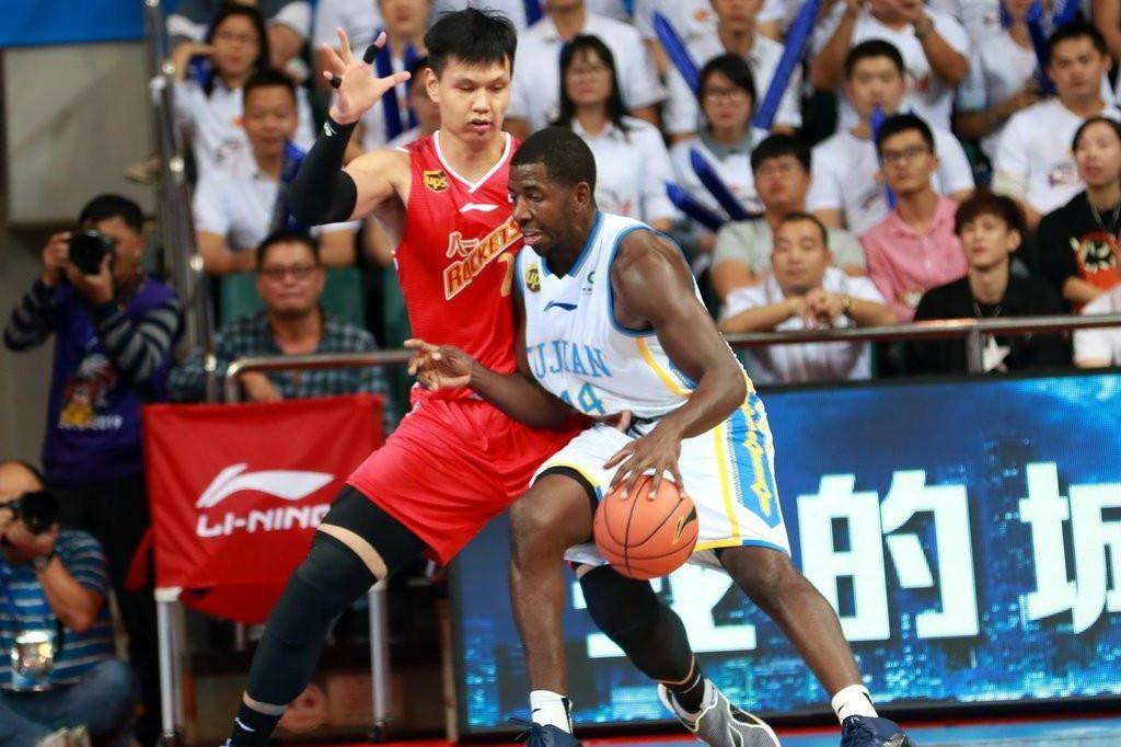 重磅消息,八一男篮队长试训浙江广厦,和胡金秋联手冲击前四