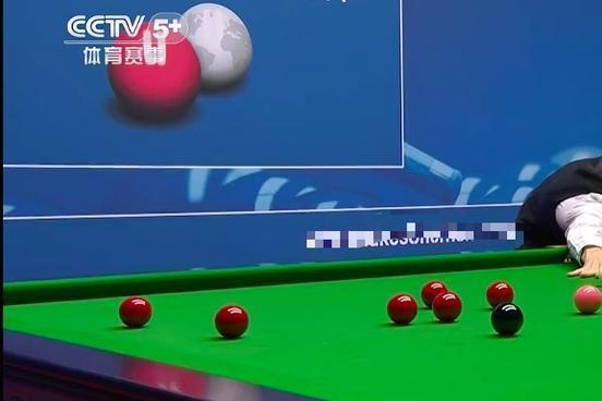 丁俊晖接班人意外失误,1比73输世界冠军,中国00后天才仍5-4领先
