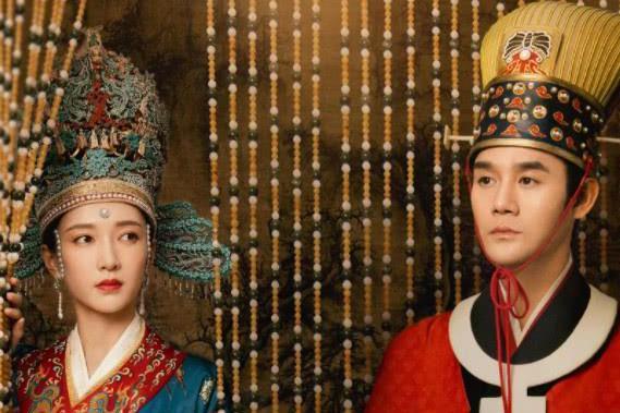清平乐:江疏影张天爱的男装亮相,一个俊朗一个灵动,仁宗好难选