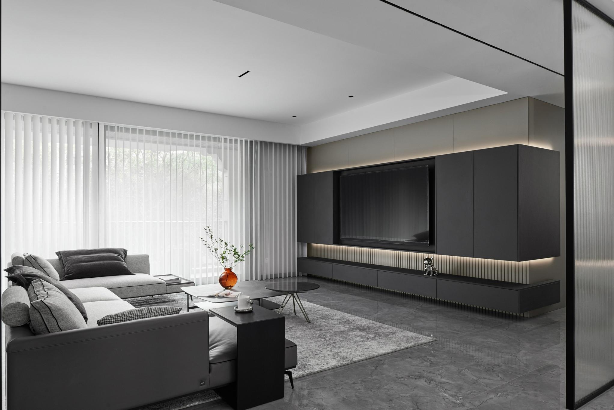 雷刚作品:270㎡简约大宅,全屋单色打造,现代美学演绎质感空间
