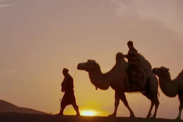 世界潮我看丨大圣能飞过火焰山,却飞不出新疆的美景