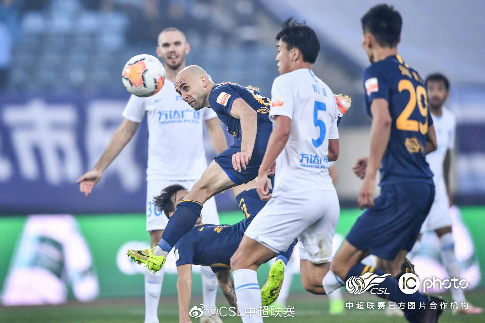 中超第19轮广州富力0:3大连人,拉尔森、汪晋贤与博阿滕进球