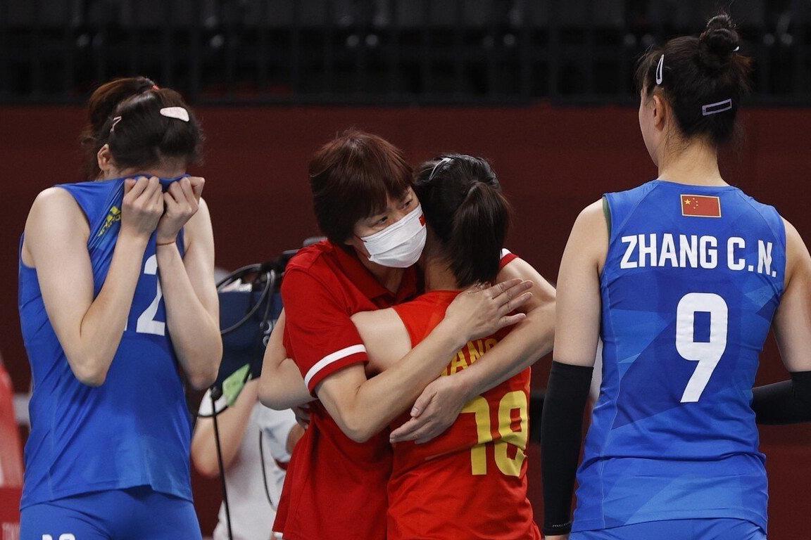 """中国女排为什么输了?败北2020东京奥运会的三大""""原罪""""找到了"""
