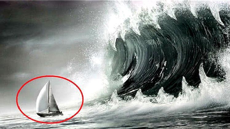 """为什么""""海啸""""来临时,货船要冲向100米高海啸?看完给船长点赞"""