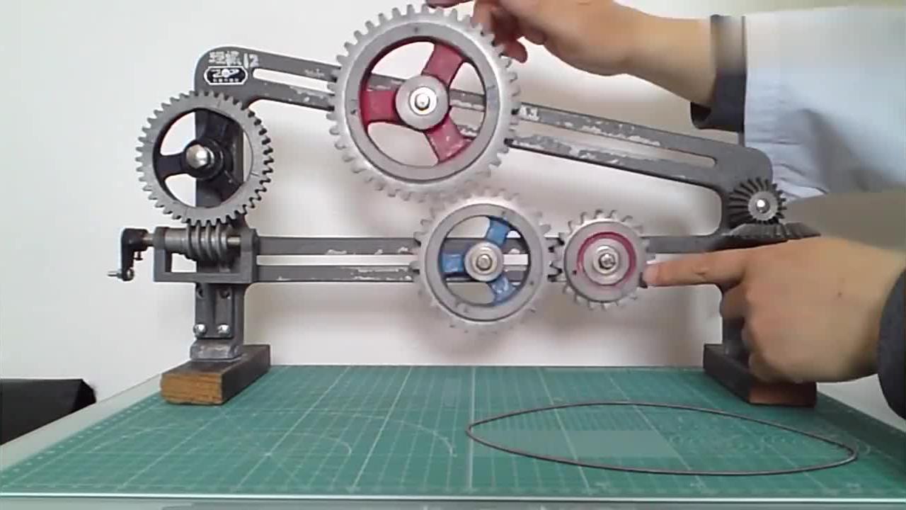 老外设计的齿轮带轮教学模型,原理清晰直观易懂!