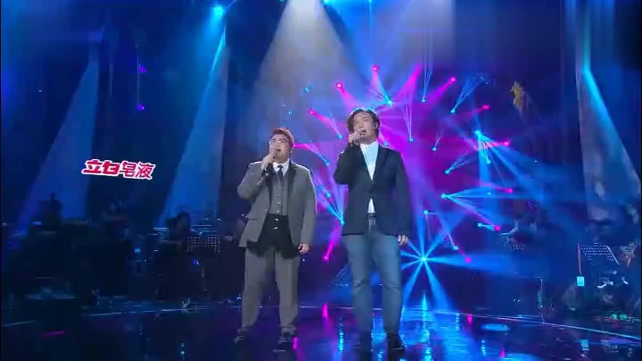 韩红陈奕迅现场高音对唱十年,陈奕迅高音居然不输韩红!