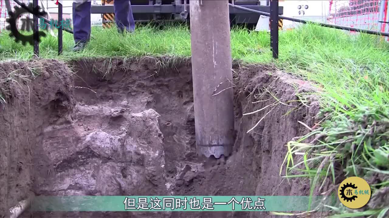 """真空挖掘机,把管道代替铲斗,强大吸力就能""""挖""""出大坑"""