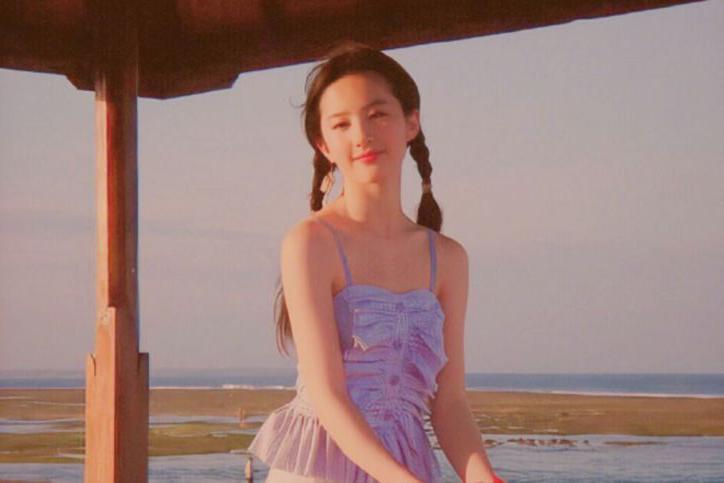 刘亦菲19岁照片曝光,仙女般的存在,那时的颜值就为人所称赞了
