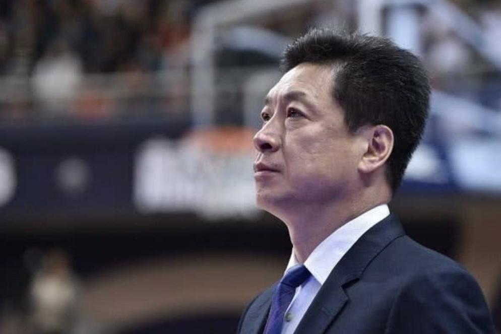 上海队下赛季不被看好,李秋平担任顾问惹争议,球队的选择没问题