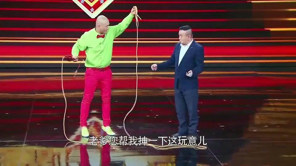 这位选手是潘长江的徒弟,潘长江却不让他通过,太严厉了