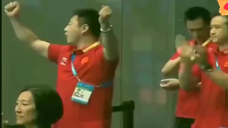 她是中国女子跳水最完美一跳,根本没有水花,裁判都给满分!