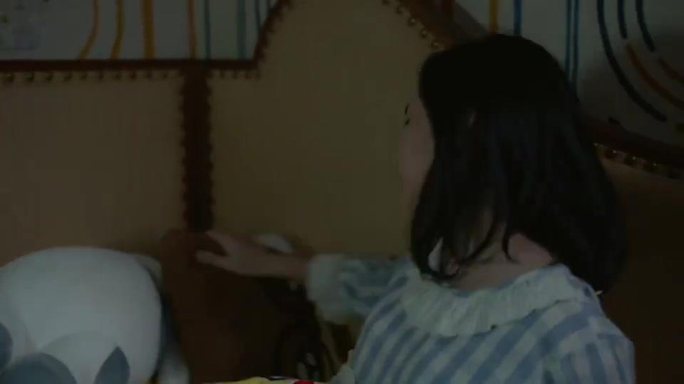 张子枫和爸爸承认错误,妈妈装睡,眼泪哗哗流!