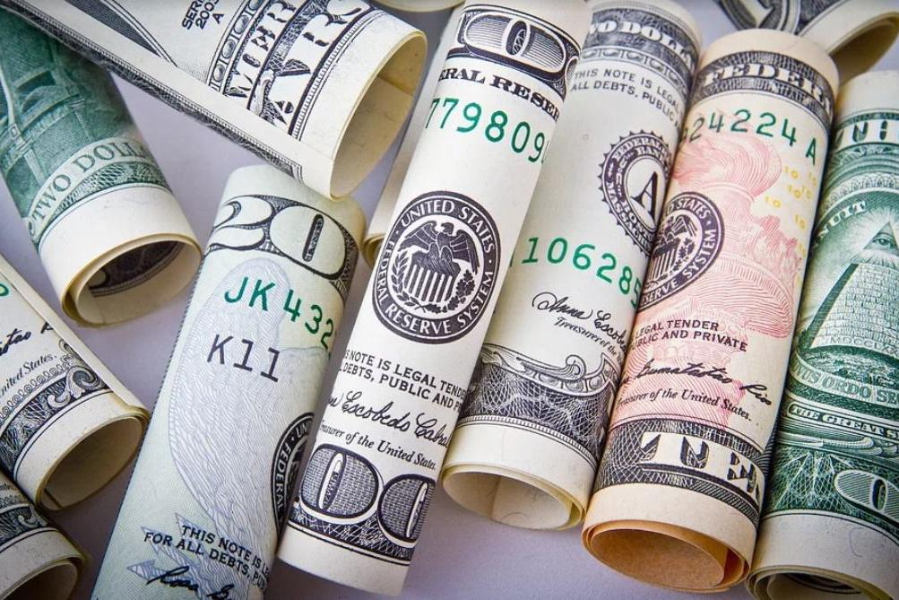 我国连续4个月增持美债,除了收益率上涨因素外,还有啥原因呢?