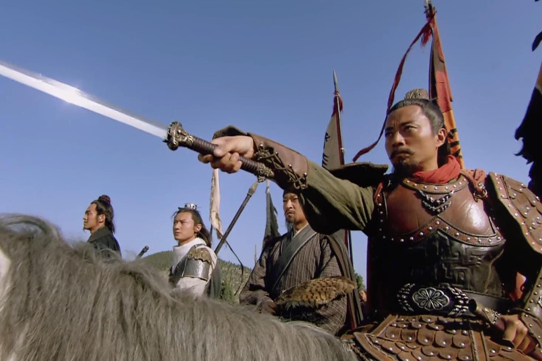 索超刘唐被擒,李逵关胜中箭,哪五位梁山好汉能是栾廷玉的对手?