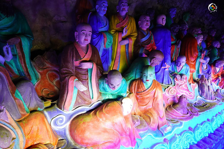 重庆金佛山最值得游览的景点,一年四季均可,有1250尊罗汉