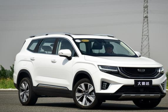 """标配1.8T定位中型SUV,起售10.36万,吉利""""王牌""""销量三连涨"""