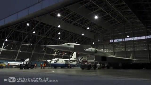 xb-70瓦尔基里-战略轰炸机以3马赫的速度飞行
