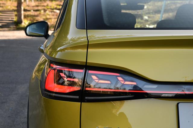 这次颜值没得喷,大众新车溜背造型 兰博基尼式尾灯,起步带2.0T