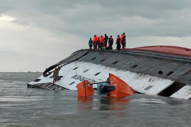 亚马逊翻船事故,300多人命丧于此,无人生还,它的可怕不敢想象