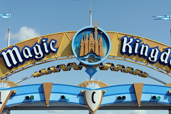 """乐园终于重启,迪士尼却已经不是""""全世界最快乐的地方""""?"""