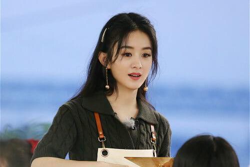 赵丽颖暖心为杨超越解围《中餐厅4》完美达成营业目标