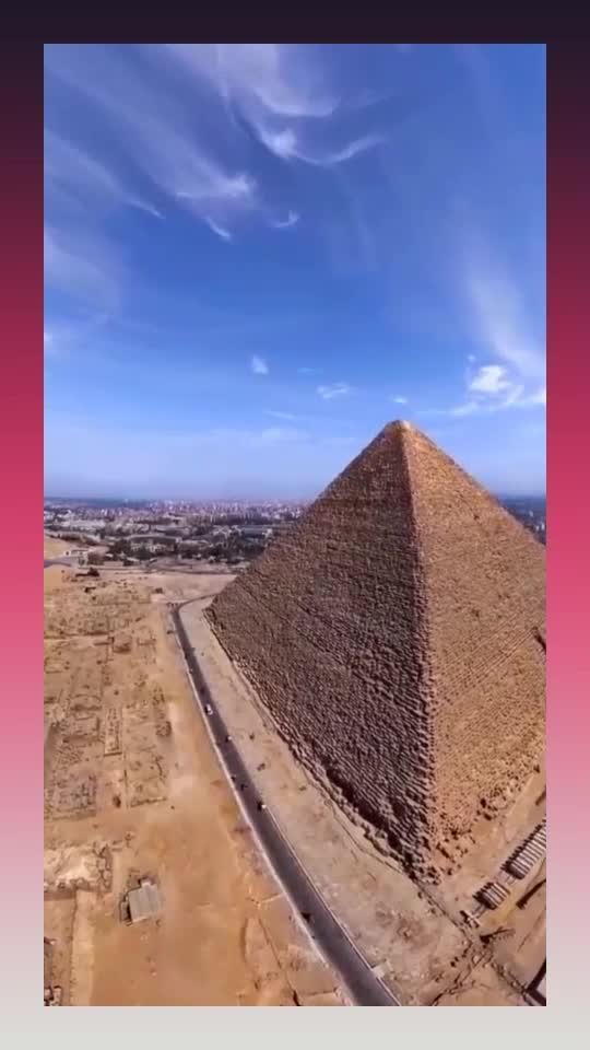 世界八大奇迹之一,埃及金字塔,看着还是很感慨