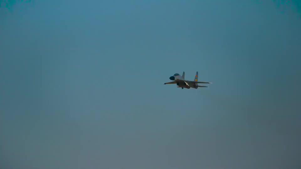 空军J11B战机,起飞训练