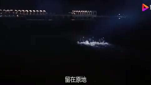 X战警:海军追击异种,男子竟瞬间幻化出龙卷风,海军立马被掀翻