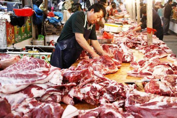 10元猪肉离我们越来越远,7月猪肉价格会下跌?看完做好心理准备