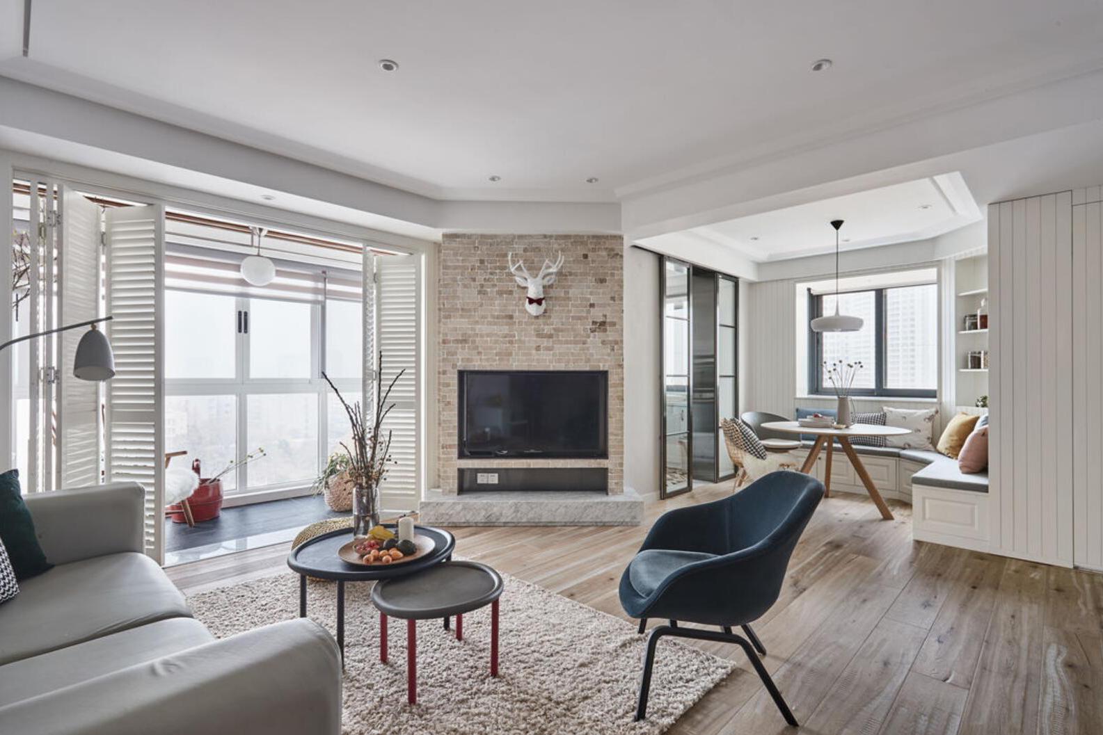 她138㎡新家,藏不住的优雅,阳台做折叠门,真的超实用