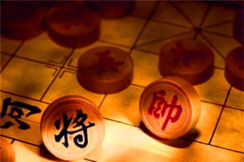 刘邦骂项羽时被箭射中,虽然没死,之后象棋就多了1个不成文规定