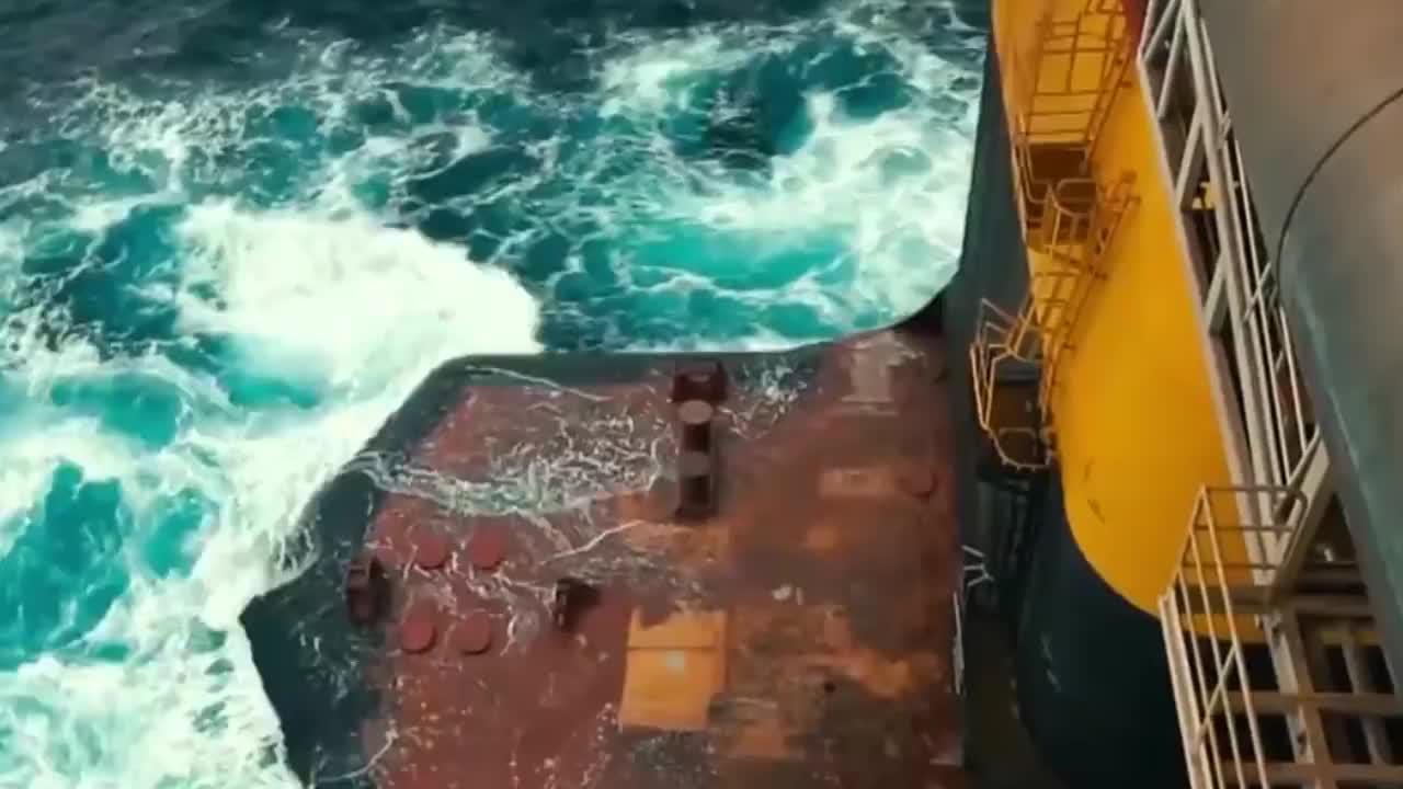 体型比6艘航母都大,工程师造了一个海上石油工厂,真够疯狂的