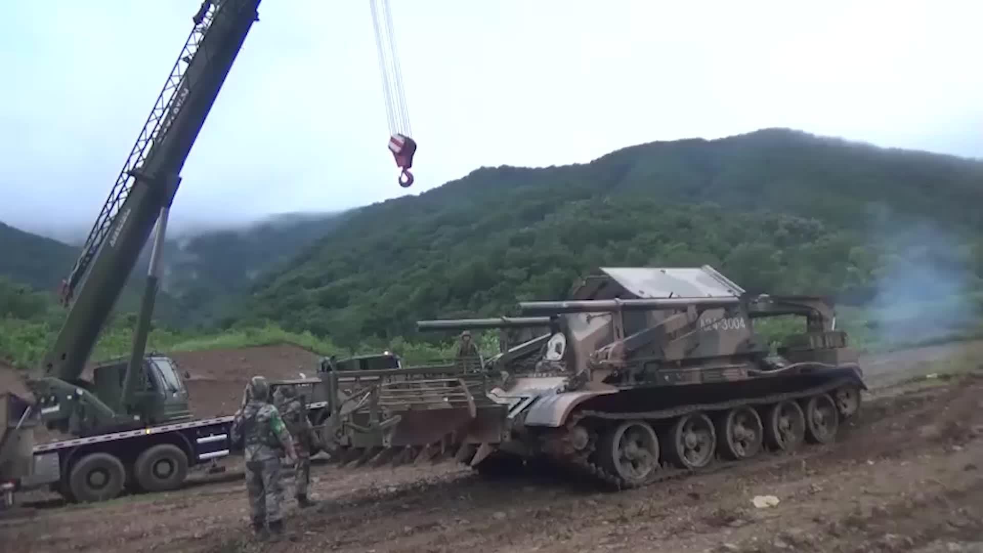 中国陆军的炸裂式开路了解一下!