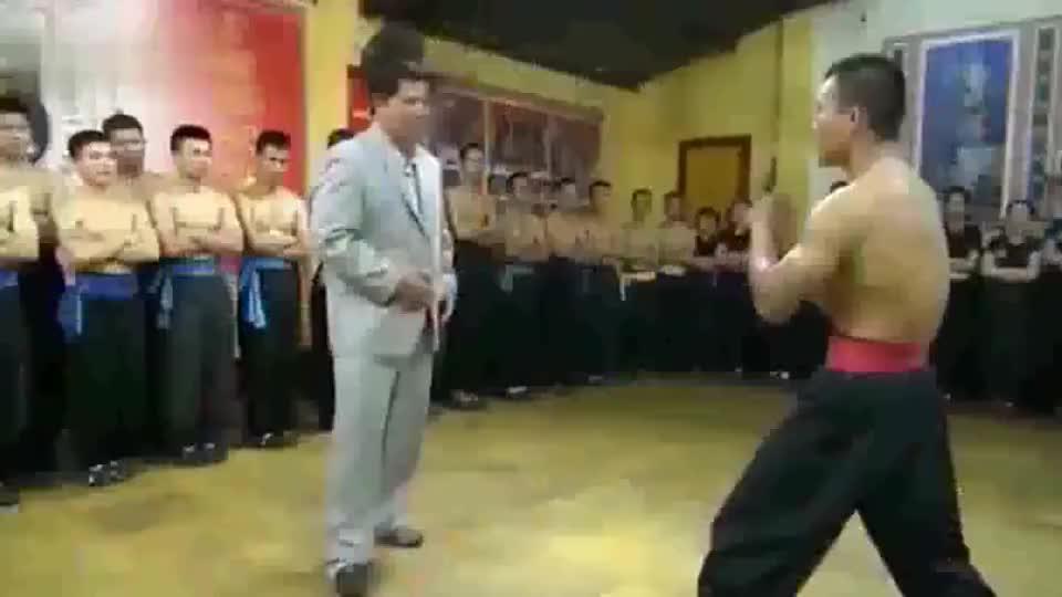 太极闫芳、马保国看了都羞愧的视频!越南大师展示神技——气功