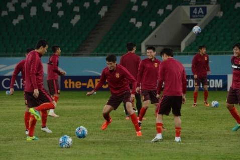 """韩乔生预测中国队世预赛出线情况,并为中国足协""""点赞"""""""