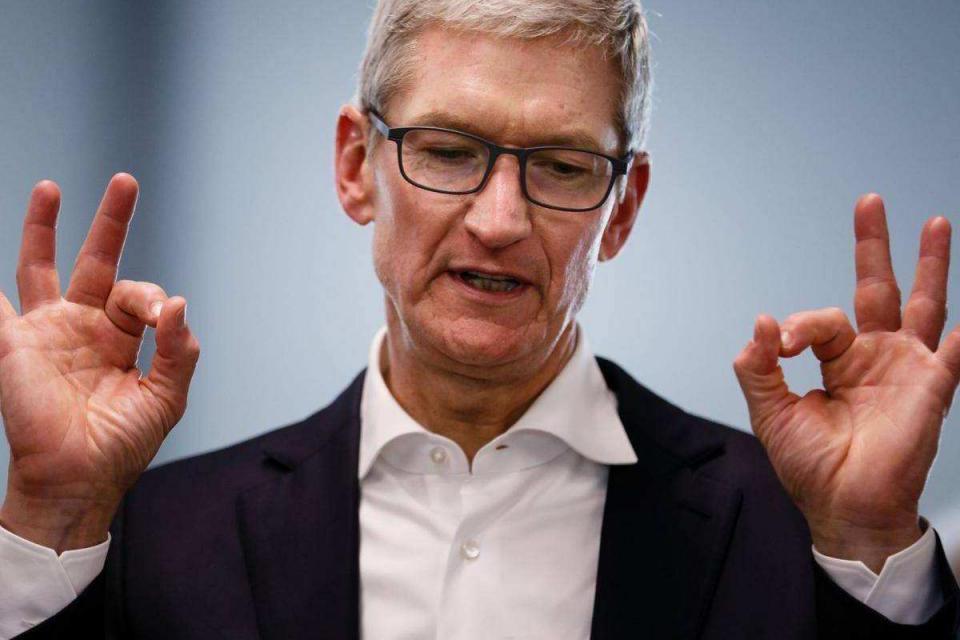 """被称为""""发烧机""""的苹果,再次陷入""""电池门"""",库克又要头痛了"""