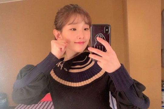 韩国女艺人朴素丹SNS发照展可爱迷人魅力