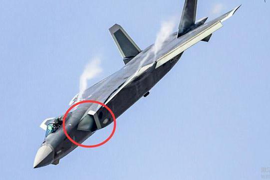 歼20进气道空中变形?复合材料反超F22,追求隐身性能的极致
