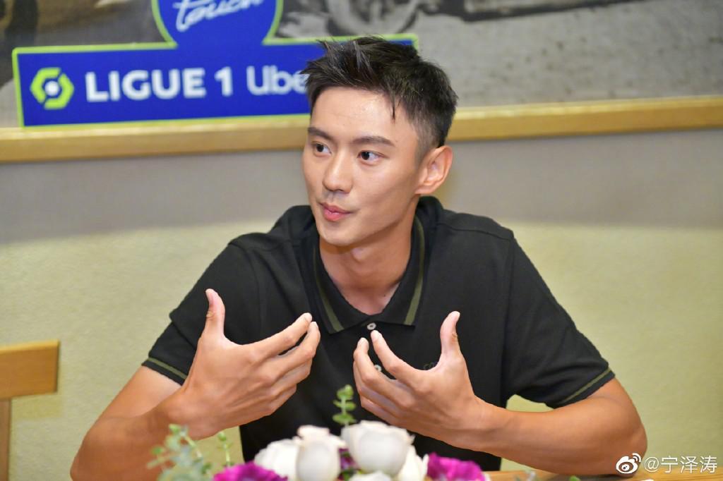 想念宁泽涛!中国男子100米自由泳无人达A标,16岁天才成唯一惊喜