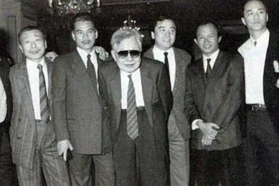 张彻江湖地位有多高,弟子吴宇森是暴力美学教父,李修贤发掘星爷