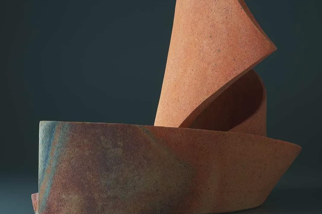 陶艺家Ken Mihara刚柔并济的作品欣赏