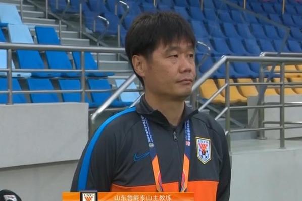 山东鲁能惨遭90分42秒绝杀,收获赛季首败,李霄鹏该反思一下了