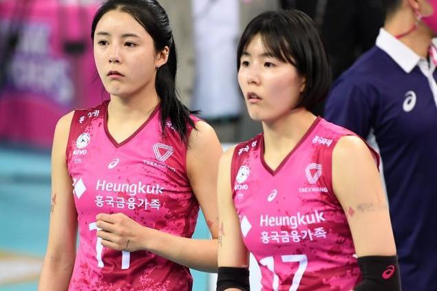 遭韩国排协封杀的女排姐妹花或赴海外打球,被建议转籍加入日本?