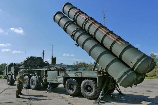 印度向俄罗斯抛出大单,采购S-400防空系统,美国会阻拦吗?
