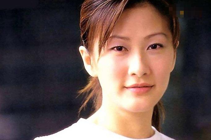 陈慧珊第一任老公是谁 起底其个人资料及离婚原因
